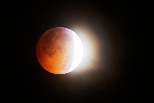 皆既月食「Winter Solstice Moon 2010」:スマホ壁紙(12)