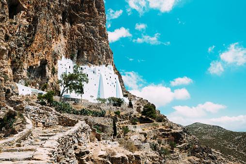 Steep「Greece, Amorgos, view to Hozoviotissa Monastery」:スマホ壁紙(4)