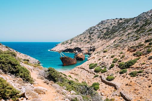 Aegean Sea「Greece, Amorgos, Shipwreck of the Olympia」:スマホ壁紙(19)