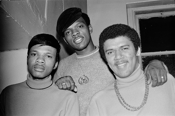 Small Group Of People「The Delfonics」:写真・画像(3)[壁紙.com]