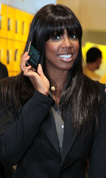 Black Color「Kelly Rowland Promotes iPhone 4  In Sydney」:写真・画像(19)[壁紙.com]