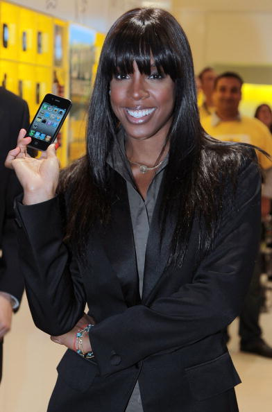 黒「Kelly Rowland Promotes iPhone 4  In Sydney」:写真・画像(12)[壁紙.com]
