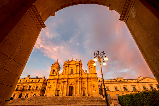 Convent「Noto Sicily Italy. The Cathedral at sunset」:スマホ壁紙(12)