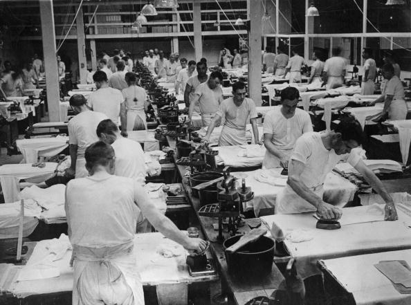 Clothing「Mass Ironing」:写真・画像(13)[壁紙.com]