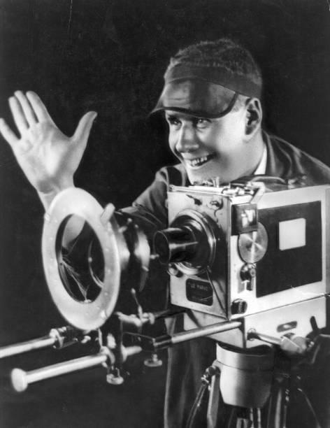 Eisenstein And Camera:ニュース(壁紙.com)
