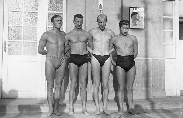 Swimwear「Hungarian Swimmers」:写真・画像(12)[壁紙.com]