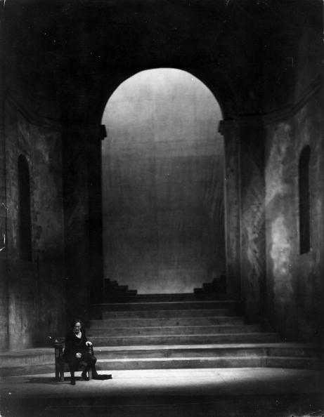 Theatre Royal Haymarket「Hamlet In Court」:写真・画像(15)[壁紙.com]