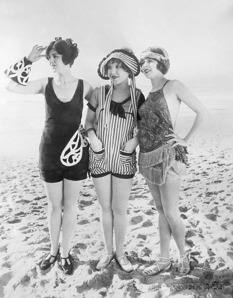 水着「Three Beauties」:写真・画像(5)[壁紙.com]