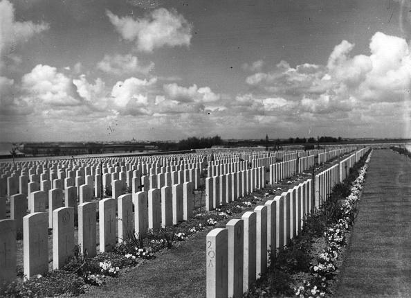 Cemetery「Passchendaele」:写真・画像(11)[壁紙.com]