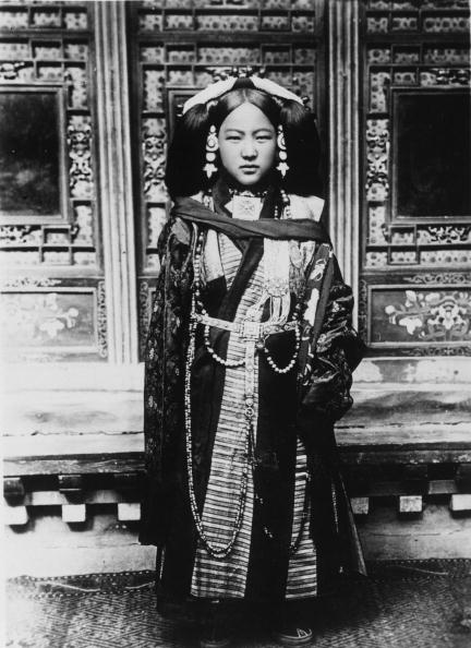 Ornate「Tibetan Beauty」:写真・画像(3)[壁紙.com]