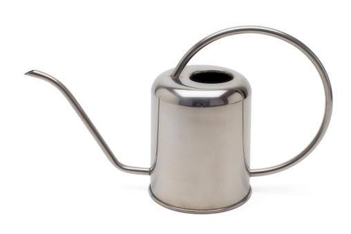 Pour Spout「Watering Can on White」:スマホ壁紙(16)