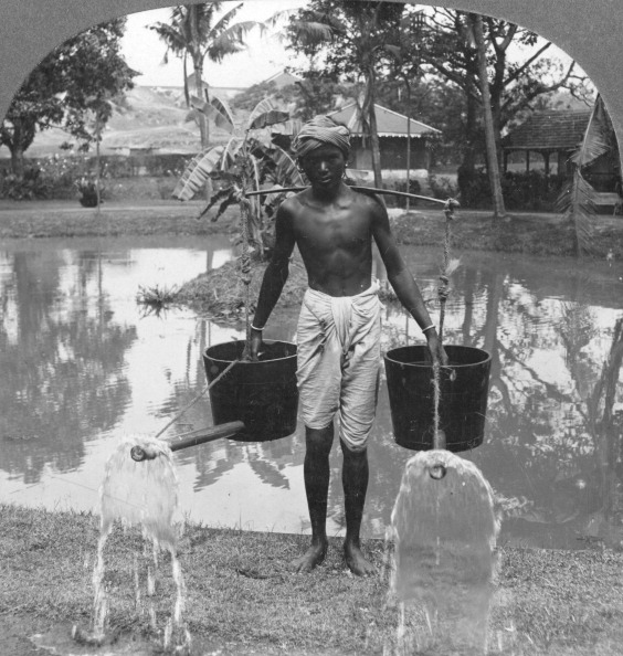 Sprinkling「Watering cans used for street sprinkling, Burma, 1908. Artist: Stereo Travel Co」:写真・画像(8)[壁紙.com]