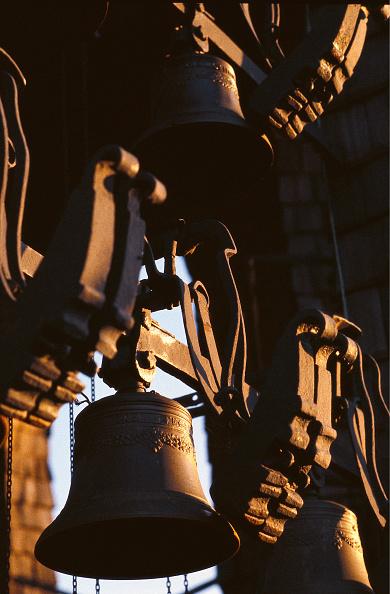 Bell「Bellsof the Carillon Tower at the New Residence」:写真・画像(19)[壁紙.com]