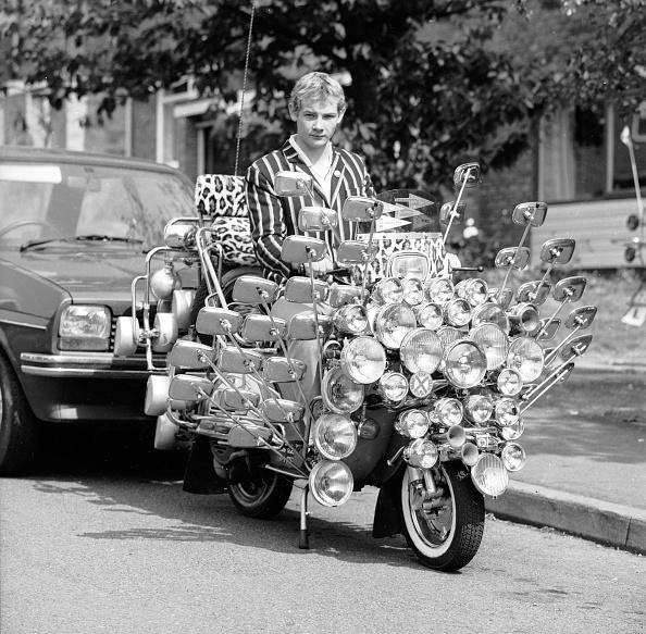Showing Off「Mod Bike」:写真・画像(2)[壁紙.com]