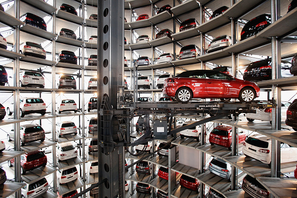 New「Volkswagen AG Presents Financial Results For 2010」:写真・画像(12)[壁紙.com]