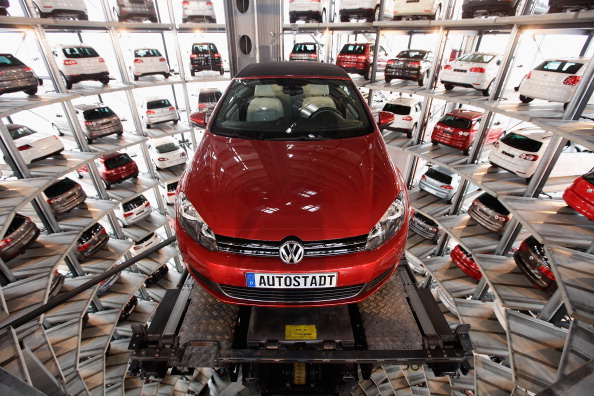 New「Volkswagen AG Presents Financial Results For 2010」:写真・画像(7)[壁紙.com]