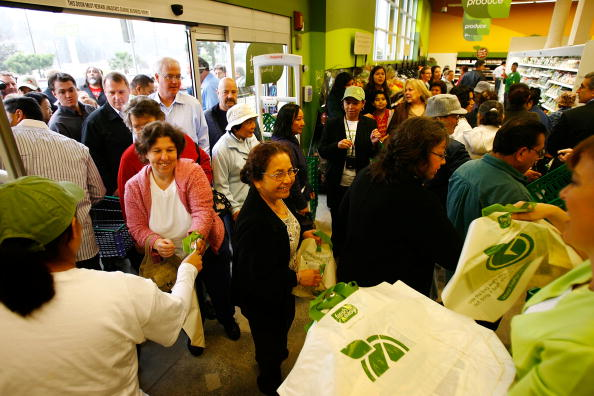 """Small Business「Tesco Opens First Of Its """"Fresh And Easy"""" Stores In L.A」:写真・画像(8)[壁紙.com]"""