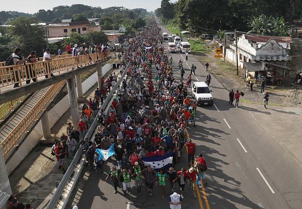 Refugee「Migrant Caravan Crosses Into Mexico」:写真・画像(19)[壁紙.com]
