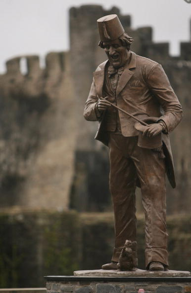 Magic Kingdom「Anthony Hopkins Unveils Statue Of Tommy Cooper」:写真・画像(14)[壁紙.com]