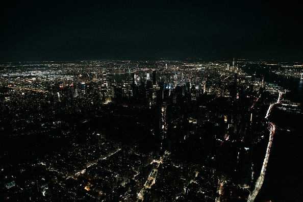 Blackout「Section of Midtown And Upper West Side Of Manhattan Loses Power」:写真・画像(19)[壁紙.com]