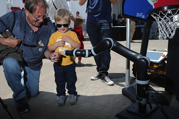 Robot Arm「DARPA Robotics Challenge Showcases Cutting Edge In Artificial Intelligence」:写真・画像(17)[壁紙.com]