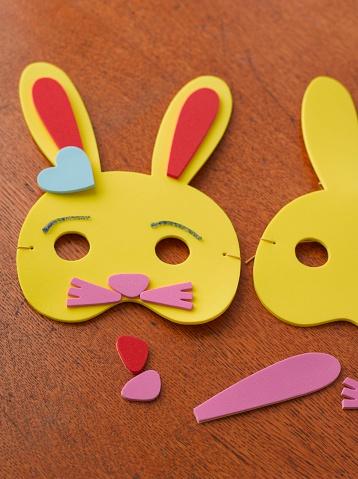 イースター「Foam Easter bunny mask」:スマホ壁紙(14)