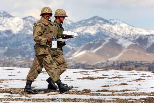 インド系民族「Pakistani Army Patrols Taliban Stronghold On Afghan Border」:写真・画像(17)[壁紙.com]