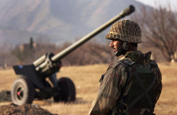 歩兵「Army Continues Anti Taliban Offensive In Northwest Pakistan」:写真・画像(5)[壁紙.com]