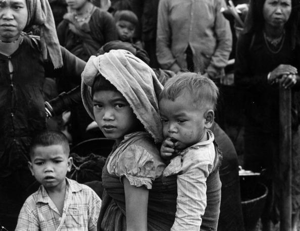Social Issues「Young Refugees」:写真・画像(6)[壁紙.com]