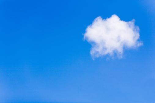 Solitude「Lonely cloud」:スマホ壁紙(9)
