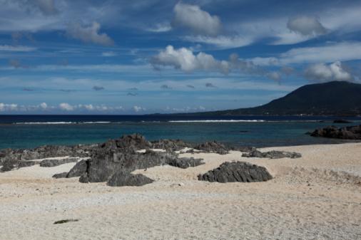 ビーチ「Aze Prince Beach, Tokunoshima, Oshima, Kagoshima, Japan」:スマホ壁紙(19)