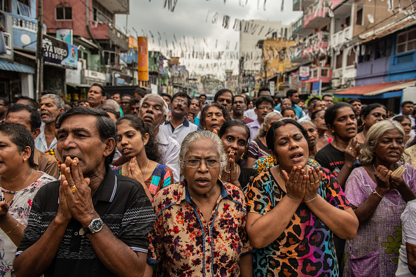 Shrine「Sri Lanka Mourns Victims of Easter Sunday Bombings」:写真・画像(6)[壁紙.com]