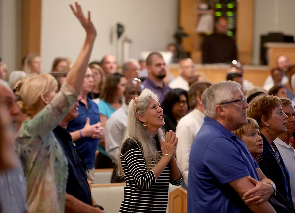 Church「Florida Town Of Parkland In Mourning, After Shooting At Marjory Stoneman Douglas High School Kills 17」:写真・画像(7)[壁紙.com]
