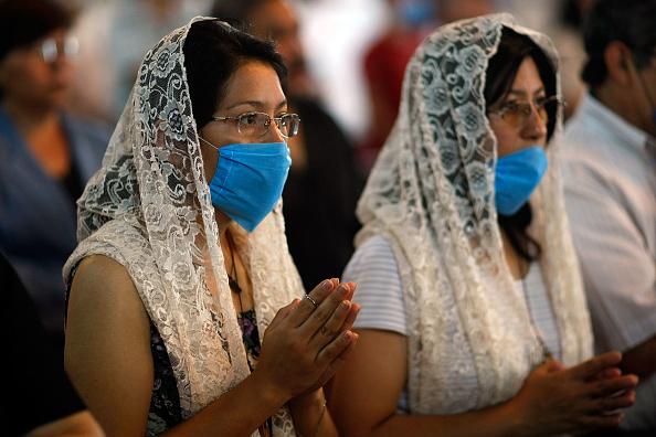 Church「Swine Flu Fears Spread Throughout Mexico」:写真・画像(17)[壁紙.com]