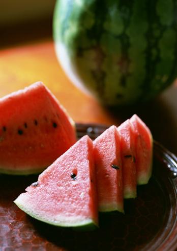 スイカ「Sliced watermelons」:スマホ壁紙(0)