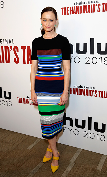 "Alexis Bledel「Hulu's ""The Handmaid's Tale"" FYC」:写真・画像(7)[壁紙.com]"