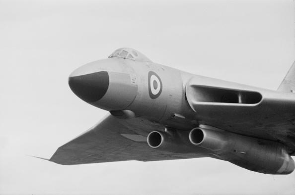 金融と経済「Avro Vulcan Bomber」:写真・画像(1)[壁紙.com]