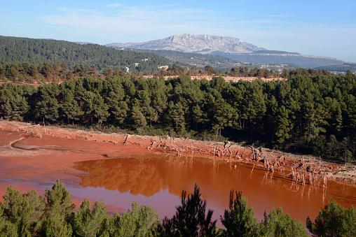Bauxite「Bauxite Residue Storage Area Gardanne Provence」:スマホ壁紙(16)