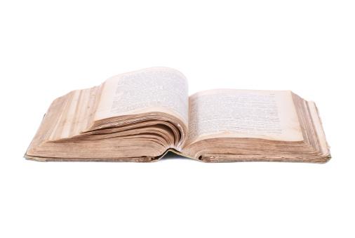 Manuscript「Open old book」:スマホ壁紙(7)