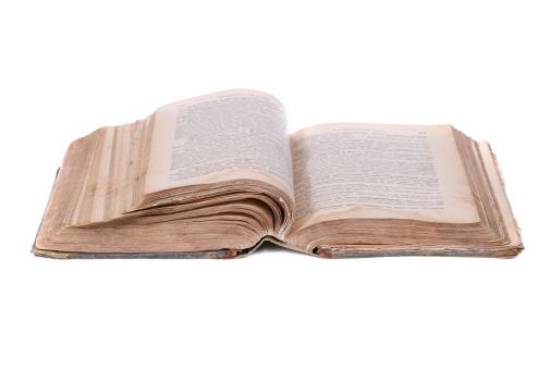 Manuscript「Open old book」:スマホ壁紙(17)