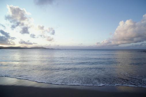 夕焼け 海「Beach and ocean view at sunset」:スマホ壁紙(9)