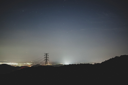 Japan「Transmission Tower at Night with Star」:スマホ壁紙(3)