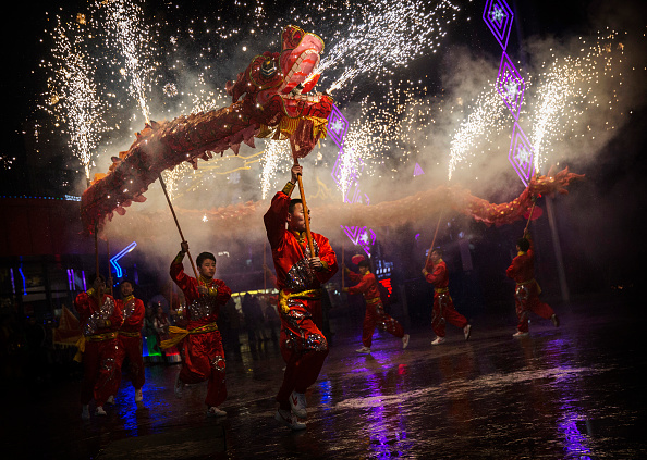 伝統的な祭り「People Celebrate The Spring Festival In China」:写真・画像(5)[壁紙.com]