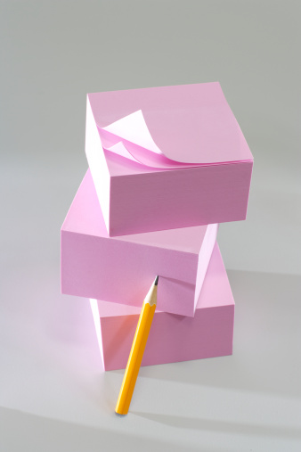 Adhesive Note「Stack of pink adhesive notes」:スマホ壁紙(19)