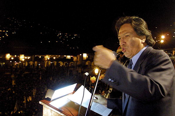 Bolivian Andes「Alejandro Toledo Campaigns for Peruvian Presidency」:写真・画像(11)[壁紙.com]