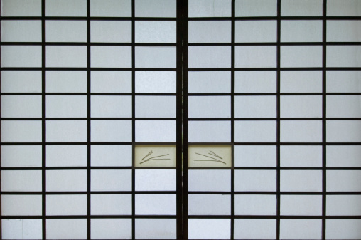 Karin「Shoji screen and door, close-up」:スマホ壁紙(15)