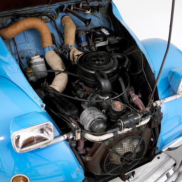 Engine「1978 Citroen 2CV 6」:写真・画像(12)[壁紙.com]