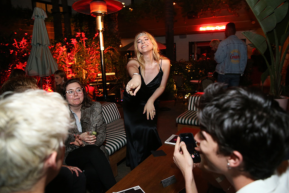 社会問題「Flaunt and /Nyden Celebrate The New Fantasy Issue With a Dinner Honoring Hari Nef」:写真・画像(16)[壁紙.com]