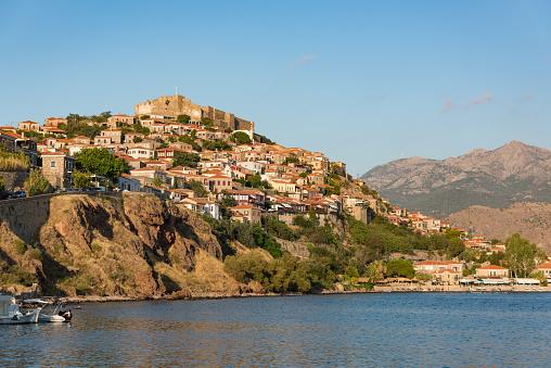 Refugee「Molyvos castle, Mithymna, Mytilene, Lesvos, Greece.」:スマホ壁紙(11)