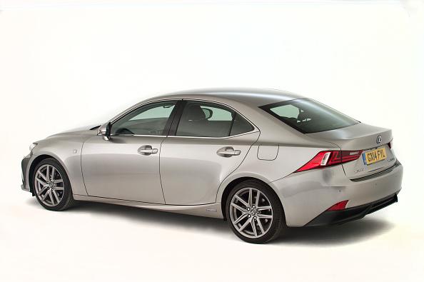 Beige「2014 Lexus Is300 Hybrid.」:写真・画像(16)[壁紙.com]